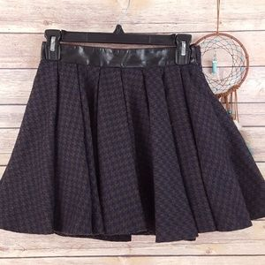 Topshop Houndstooth Pleated Skirt Leather Trim 4
